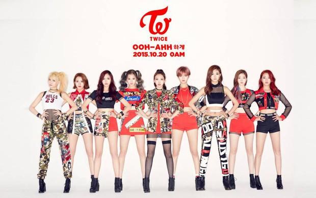 TWICE hạ bệ 2NE1, trở thành girlgroup có MV ra mắt hot nhất lịch sử - Ảnh 4.