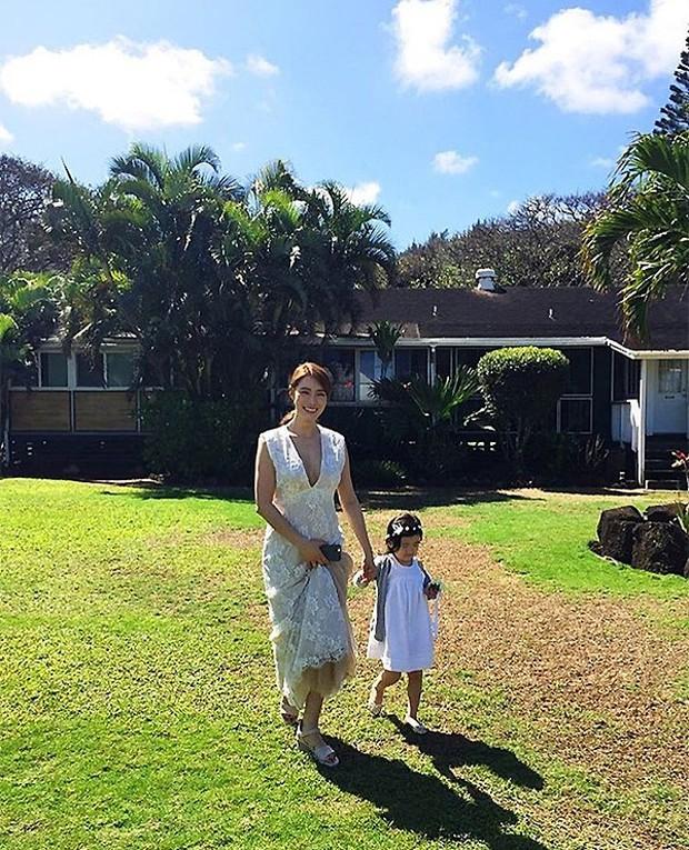 Cựu trưởng nhóm After School rạng rỡ bên chồng thương gia giàu có trong đám cưới tại Hawaii - Ảnh 3.