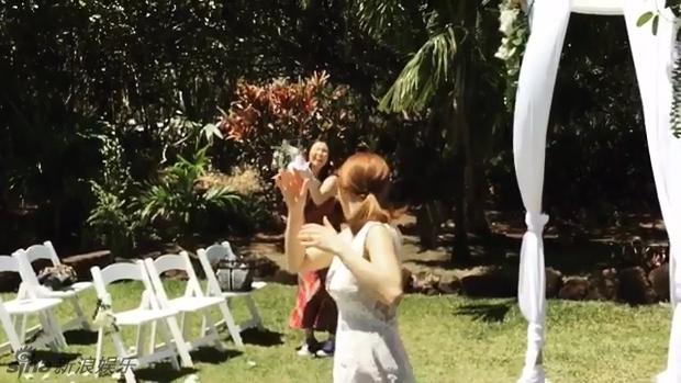 Cựu trưởng nhóm After School rạng rỡ bên chồng thương gia giàu có trong đám cưới tại Hawaii - Ảnh 7.