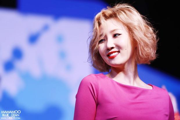 Eunji (A Pink) và Yoseob (B2ST) bất ngờ bị điểm tên trong danh sách thần tượng xấu xí nhất Kpop - Ảnh 11.