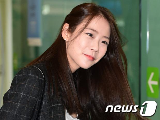 Soán ngôi Song Joong Ki tại Đại Lục, Yoona (SNSD) trở thành tâm điểm của báo giới khi về nước - Ảnh 8.