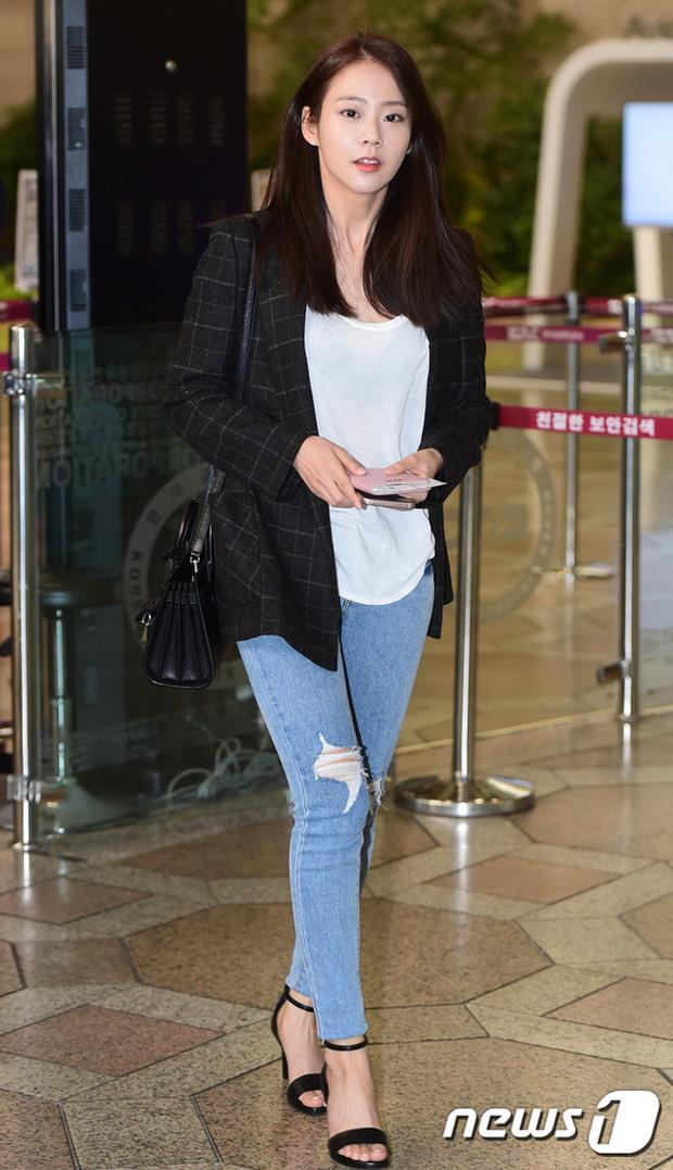 Soán ngôi Song Joong Ki tại Đại Lục, Yoona (SNSD) trở thành tâm điểm của báo giới khi về nước - Ảnh 6.