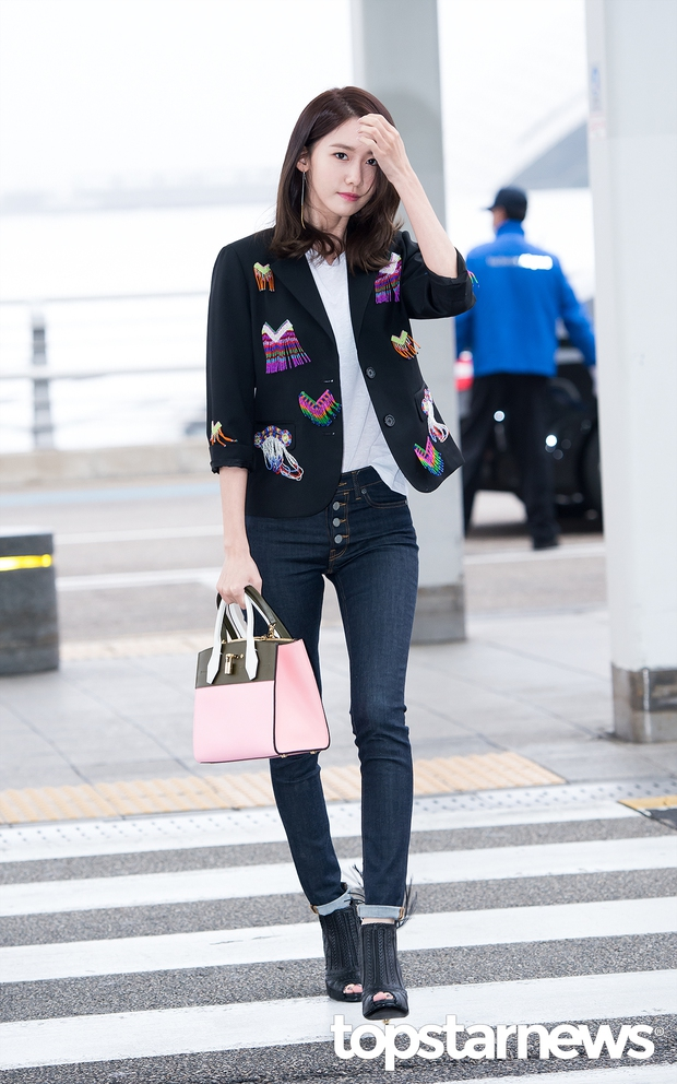 Soán ngôi Song Joong Ki tại Đại Lục, Yoona (SNSD) trở thành tâm điểm của báo giới khi về nước - Ảnh 4.