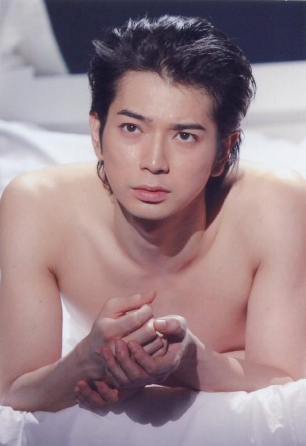 Loạt ảnh chứng minh nhan sắc dàn mỹ nam, mỹ nữ đình đám của Nhật Bản đẹp tự nhiên - Ảnh 1.