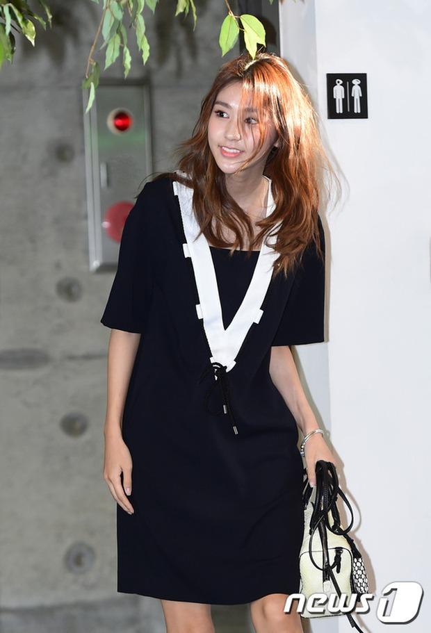 Jeon Ji Hyun dừ và kém sắc hơn đàn chị Nữ hoàng Seondeok trong lần tái xuất chính thức - Ảnh 12.