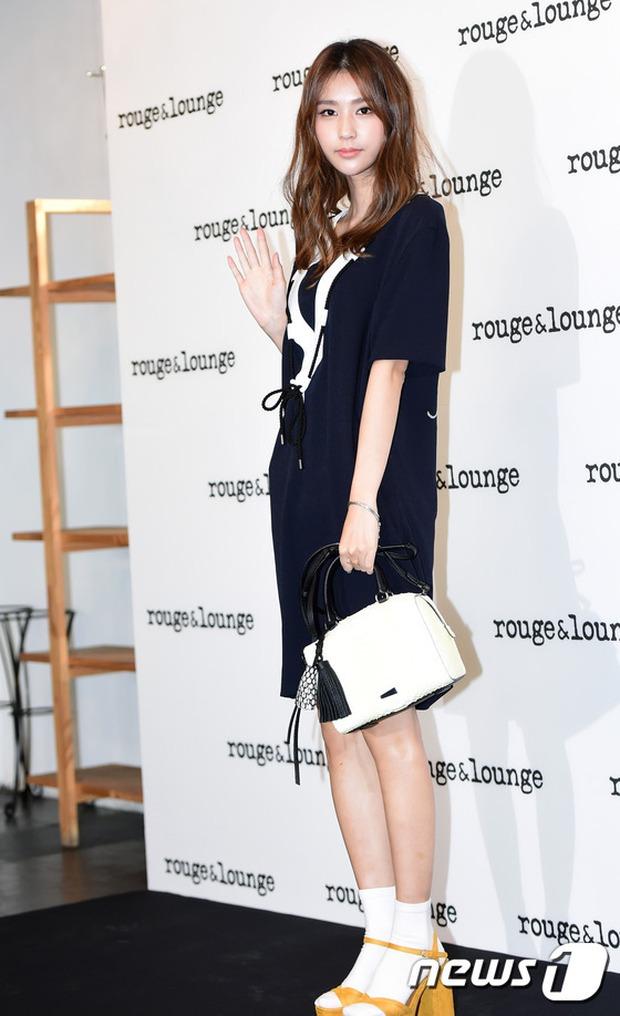 Jeon Ji Hyun dừ và kém sắc hơn đàn chị Nữ hoàng Seondeok trong lần tái xuất chính thức - Ảnh 13.