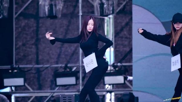 Những lần các ngọc nữ Kpop khiến fan rụng rời vì nhan sắc sân khấu trong năm 2016 - Ảnh 29.