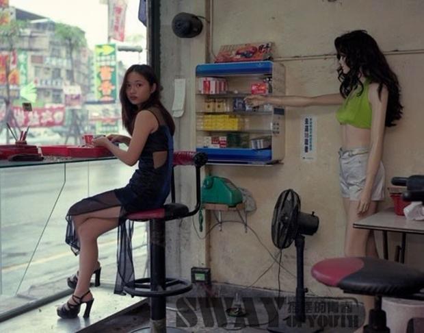 Cuộc sống ít người biết của những nàng Tây Thi bán trầu nóng bỏng trên đường phố Đài Loan - Ảnh 5.