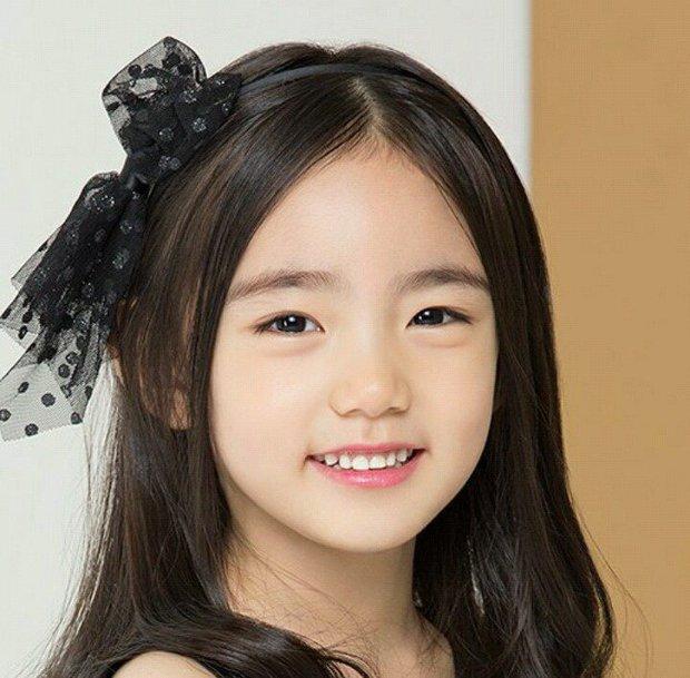 Chân dung cô bé Hàn Quốc xinh đẹp đến mức có thể khiến trái tim bạn tan chảy - Ảnh 17.