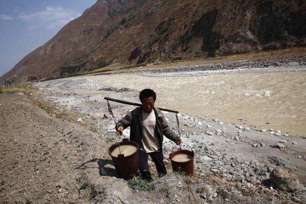 20 bức ảnh gây shock cho thấy nguồn nước trên toàn thế giới đang ô nhiễm nghiêm trọng - Ảnh 18.
