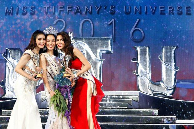 Chùm ảnh: Hậu trường cuộc thi Hoa hậu chuyển giới được quan tâm nhất Thái Lan - Ảnh 18.