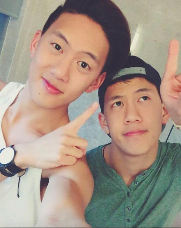 2 anh em sinh đôi lai Việt - Thái đẹp trai, hát hay đang cực hot trên MXH - Ảnh 20.