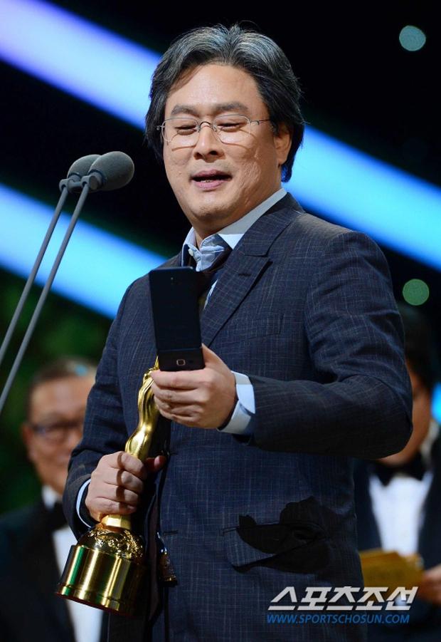 """Phim kinh dị """"The Wailing"""" đánh chiếm Rồng Xanh 2016, Lee Byung Hun lên ngôi Ảnh đế - Ảnh 19."""