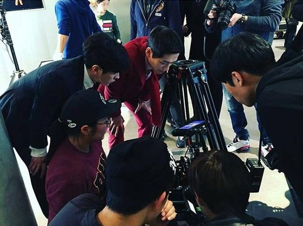 """""""Remember"""": Yoo Seung Ho nghẹn lời khi đã giải oan cho cha thành công - Ảnh 23."""