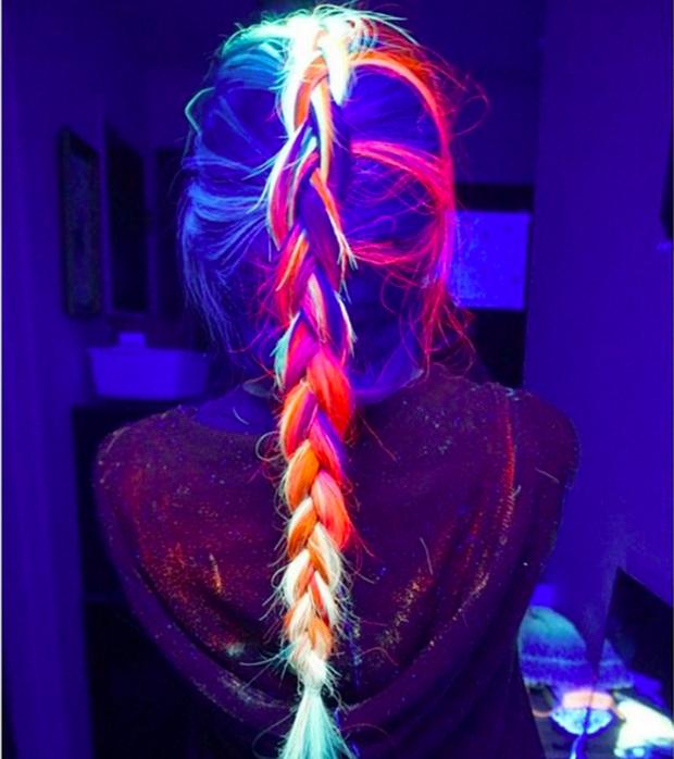 Làm xoăn tóc với bim bim, trang trí móng với bọ cạp chết cùng loạt xu hướng làm đẹp dị nhất năm 2016 - Ảnh 2.