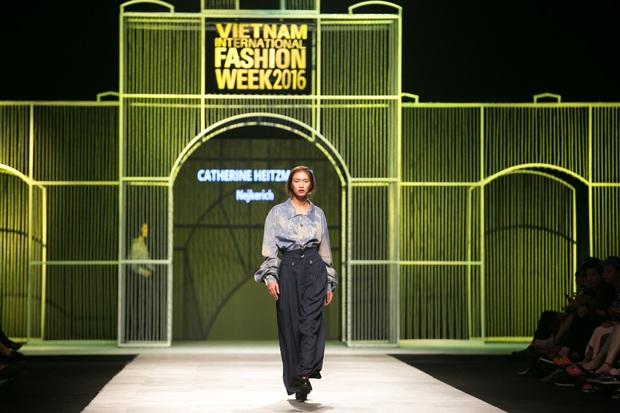 Vietnam International Fashion Week Thu Đông 2016: Nơi linh hồn Việt được thăng hoa - Ảnh 2.