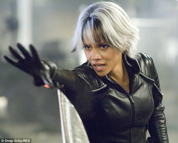Kingsman sẽ có 3 phần, nữ miêu  Halle Berry tham gia vào phim - Ảnh 2.