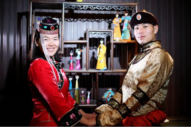 Cặp đôi trẻ cùng xin nghỉ việc để có thời gian đi chụp ảnh cưới vòng quanh Trung Quốc - Ảnh 4.