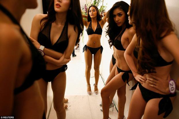 Bên trong cuộc thi sắc đẹp lớn nhất dành cho người chuyển giới ở Thái Lan - Ảnh 3.