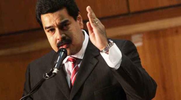Venezuela cho công chức làm 2 ngày/tuần vì thiếu điện - Ảnh 2.