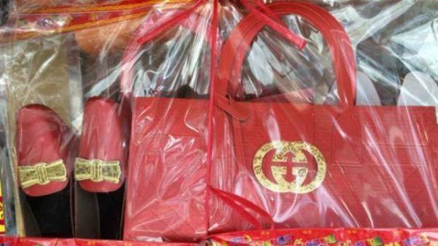Trung Quốc: Gucci sờ gáy các cơ sở sản xuất đồ hàng mã mang logo thương hiệu của mình - Ảnh 2.