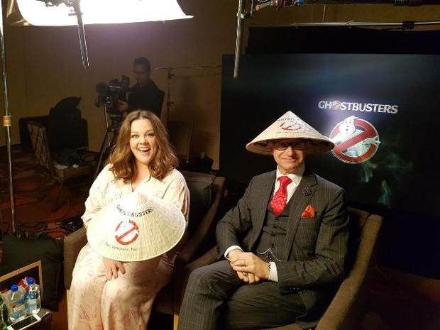 Nàng béo Melissa McCarthy chào fan Việt Nam bằng tiếng Việt - Ảnh 2.