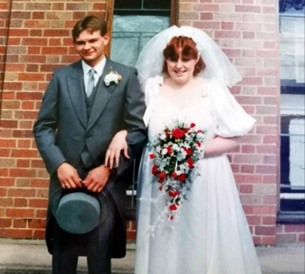 Cuối cùng thì hạnh phúc cũng đến với người phụ nữ có chồng là người chuyển giới - Ảnh 2.