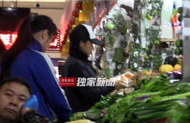 Mỹ nhân Lan Lăng Vương Phi lộ ảnh sống chung cùng bạn diễn điển trai - Ảnh 2.