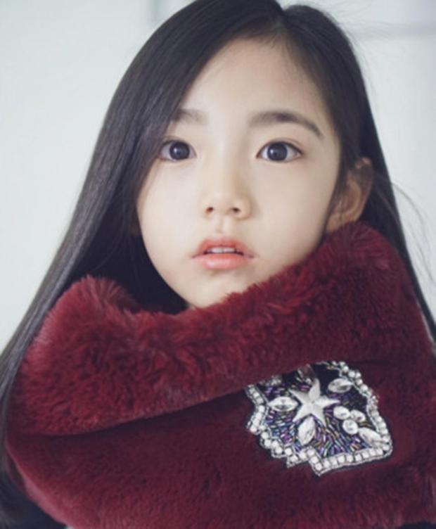 Chân dung cô bé Hàn Quốc xinh đẹp đến mức có thể khiến trái tim bạn tan chảy - Ảnh 11.