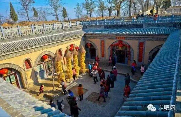 Ngôi làng kỳ lạ nhất Trung Quốc: Toàn bộ người dân đều sống dưới lòng đất - Ảnh 29.