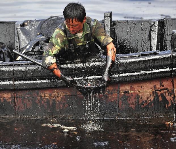 20 bức ảnh gây shock cho thấy nguồn nước trên toàn thế giới đang ô nhiễm nghiêm trọng - Ảnh 20.