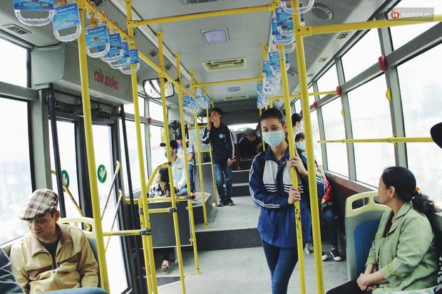 1.001 chiêu sinh viên trốn vé xe buýt và cách hành xử văn minh của người phụ xe - Ảnh 9.