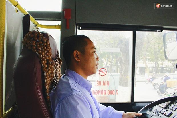 1.001 chiêu sinh viên trốn vé xe buýt và cách hành xử văn minh của người phụ xe - Ảnh 4.