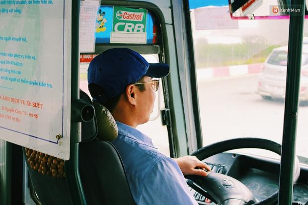 1.001 chiêu sinh viên trốn vé xe buýt và cách hành xử văn minh của người phụ xe - Ảnh 8.