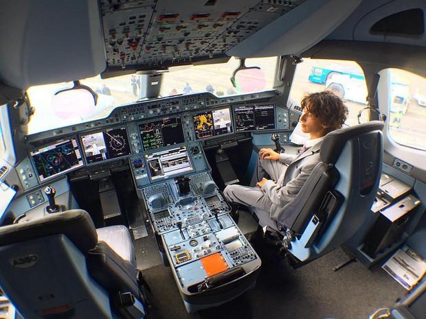 Công việc tuyệt vời nhất hành tinh: Chỉ việc ngồi máy bay miễn phí và du lịch vòng quanh thế giới - Ảnh 4.