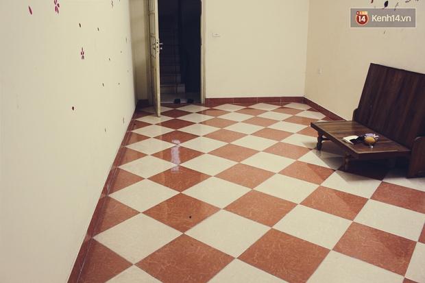 Sinh viên khốn khổ vì vật lộn trong những phòng trọ tồi tàn, lụp xụp mà giá siêu chát - Ảnh 3.