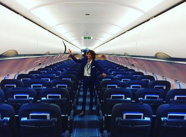 Công việc tuyệt vời nhất hành tinh: Chỉ việc ngồi máy bay miễn phí và du lịch vòng quanh thế giới - Ảnh 1.