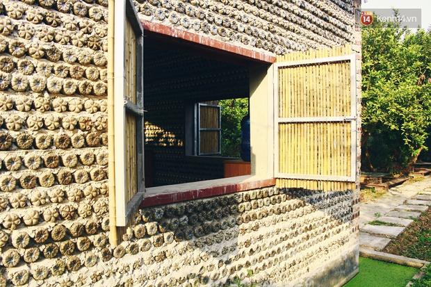 Ngôi nhà đặc biệt xây bằng 8.800 vỏ chai nhựa ở Hà Nội - Ảnh 11.