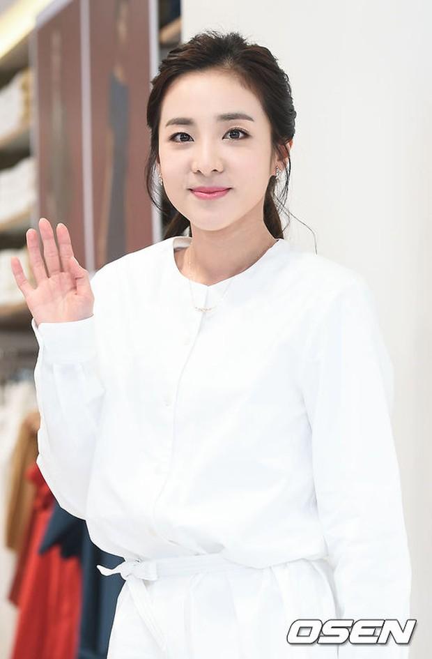 Dara (2NE1) khoe vẻ đẹp tinh khôi như thiếu nữ đôi mươi - Ảnh 7.