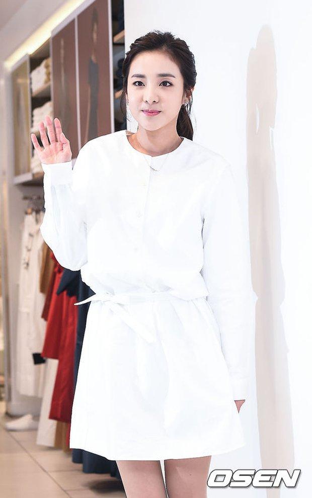 Dara (2NE1) khoe vẻ đẹp tinh khôi như thiếu nữ đôi mươi - Ảnh 10.