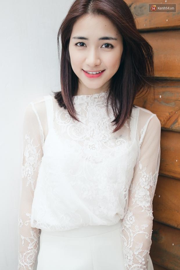 Clip vui: Hòa Minzy kể chuyện mượn áo Sơn Tùng, nhái Hari Won cực lố - Ảnh 3.