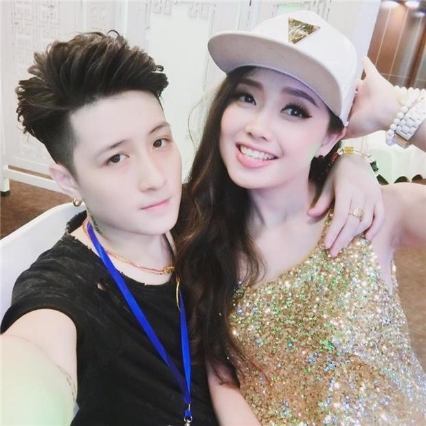 Nữ MC VTV xinh đẹp và chuyện tình đồng giới siêu ngọt ngào lần đầu tiên được kể - Ảnh 18.