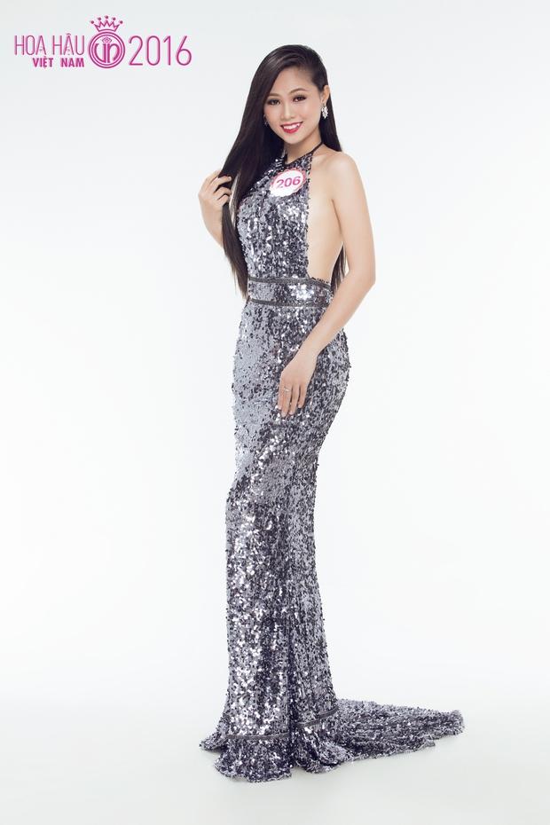 Hoa hậu Việt Nam 2016: 30 người đẹp tranh tài ở vòng Chung khảo phía Nam lộng lẫy với váy dạ hội - Ảnh 20.