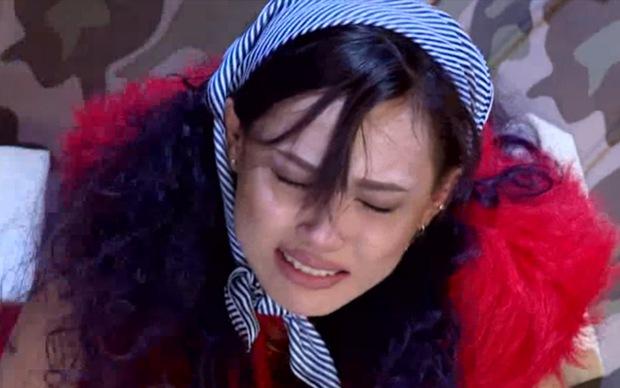 Tiếp tục khóc trong tập 4, Fung La đang thử thách sự kiên nhẫn của Thanh Hằng? - Ảnh 3.