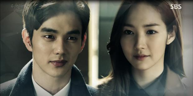 """""""Remember"""": Yoo Seung Ho """"khóa môi"""" Park Min Young trong nước mắt - Ảnh 22."""