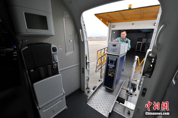 Chùm ảnh: Mục sở thị quy trình chuẩn bị thức ăn hàng không cực kỳ khoa học và nghiêm ngặt - Ảnh 13.