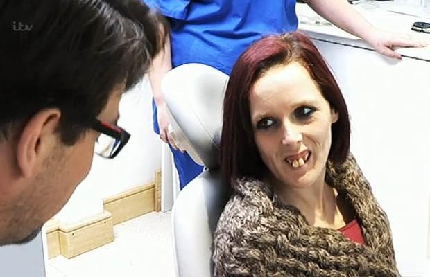 Bạn có nhớ quý cô răng hô năm nào? Gương mặt hiện tại của cô ấy đã xinh đẹp hơn rất nhiều - Ảnh 3.