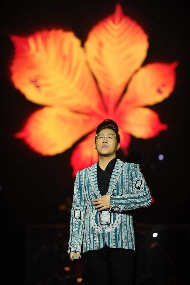 Khán giả xúc động khi trở lại thời Làn sóng xanh trong liveshow nhạc sĩ Việt Anh - Ảnh 20.