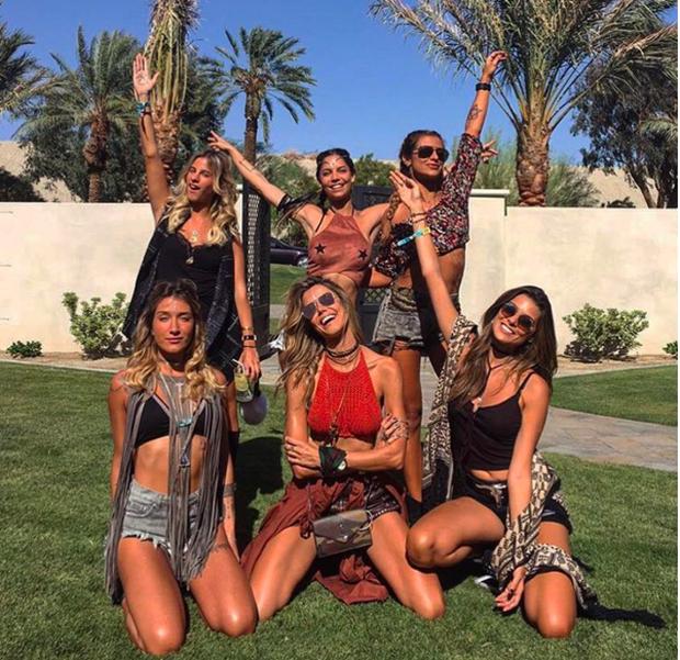 Coachella: Lễ hội nhiều cô nàng xinh và hot nhất nước Mỹ!  - Ảnh 24.