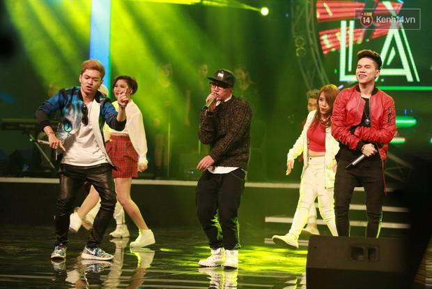 Hoài Lâm giành giải thưởng 500 triệu đồng của Bài hát yêu thích 2015 - Ảnh 9.